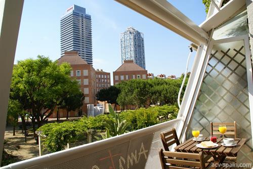 Los responsables de pisos turisticos en Barcelona deberán dar una respuesta a los conflictos en 30 minutos